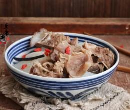 补气血的汤-牛脊骨肋条萝卜汤