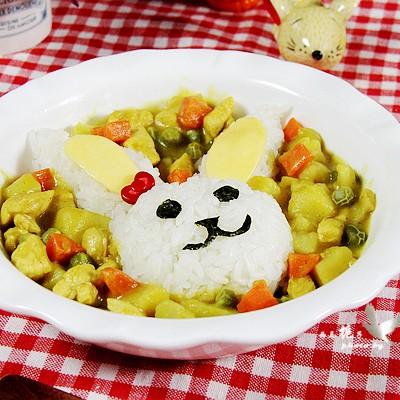 咖喱鸡肉小兔盖饭
