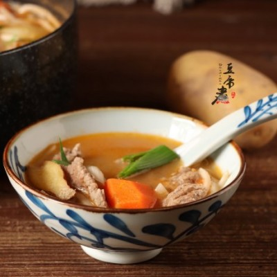 肥牛蔬菜锅