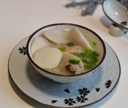 鸭架芋头汤