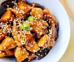 春节菜谱-香菇酱鸡丁