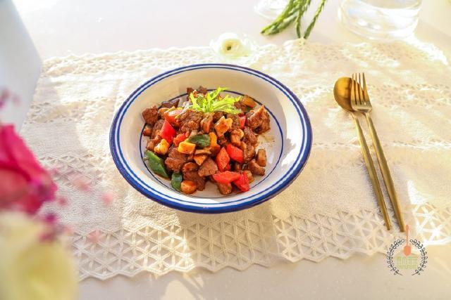 菌菇黑椒牛肉