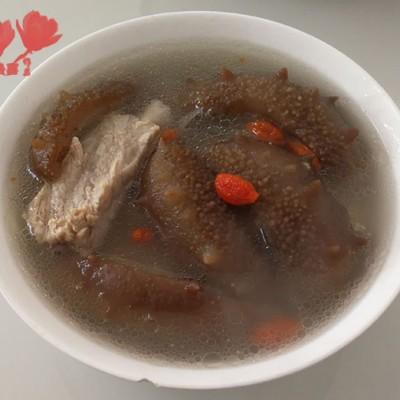海参排骨汤