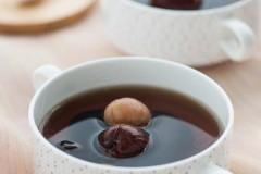 黑枣桂圆鹌鹑蛋甜汤