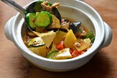 杂蔬肉片煲