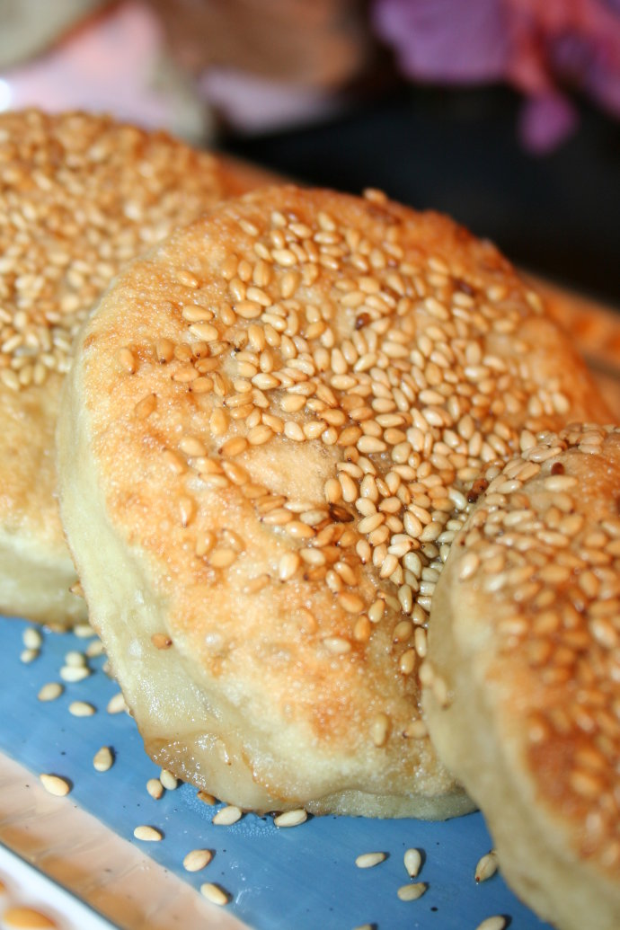 【肉馅烧饼】--?#唯有爱与美食不能辜负#
