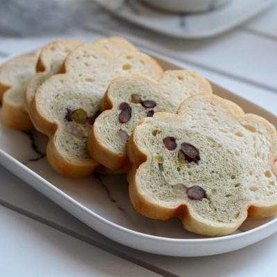 中種蜜豆雙色梅花吐司面包