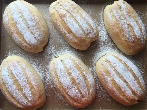 奶油哈斯面包