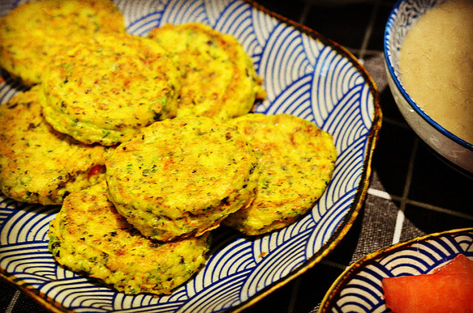 营养早餐-豆腐鸡蛋饼