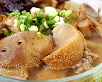 参芪猴菇炖鸡
