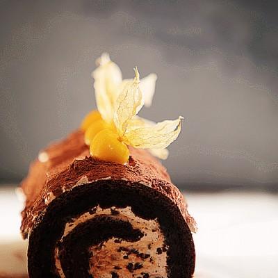 脏脏的吃最减压-特浓奥利奥巧克力蛋糕卷