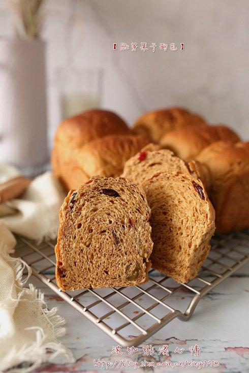 胚芽果干面包:放点杂粮让面包更有营养