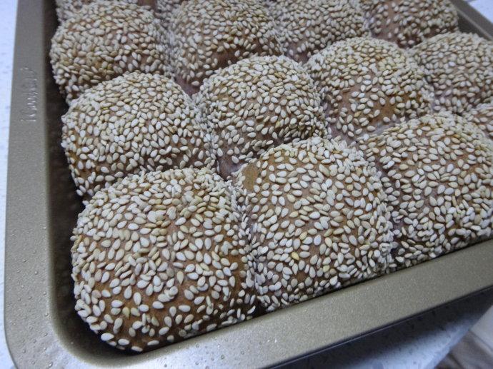 黑五类养生小面包【黑米黑麦芝麻小餐包】