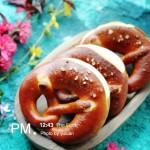德式碱水面包
