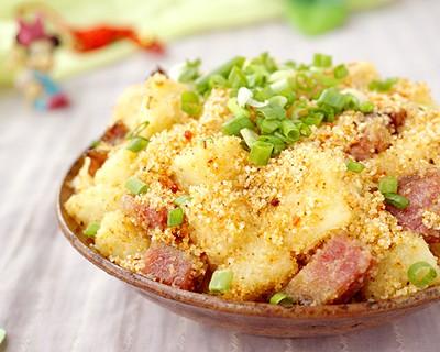 電飯煲粉蒸臘肉土豆