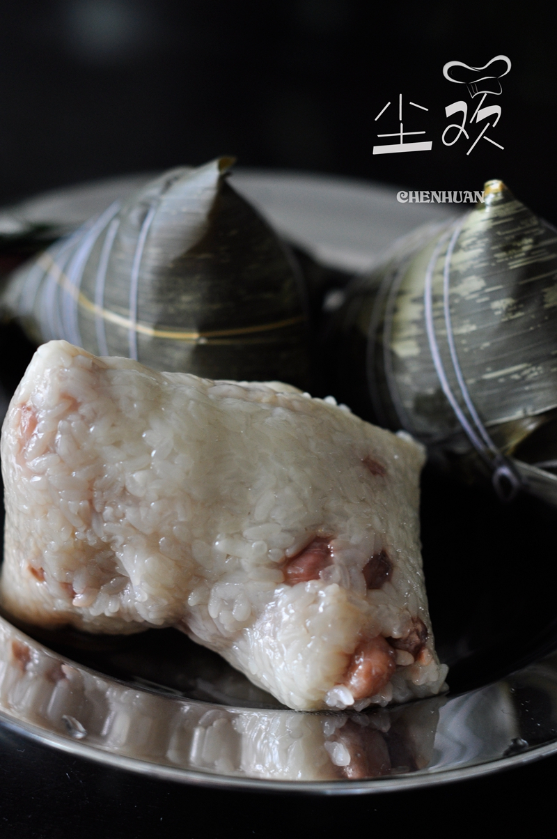 包粽子的方法与步骤图-蜜枣花生粽
