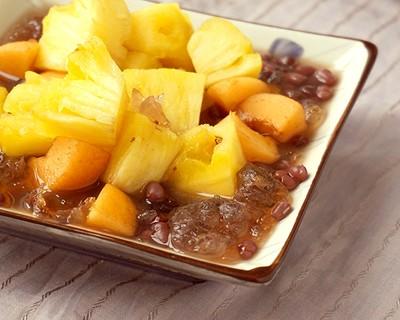 電飯煲桃膠紅豆水果撈