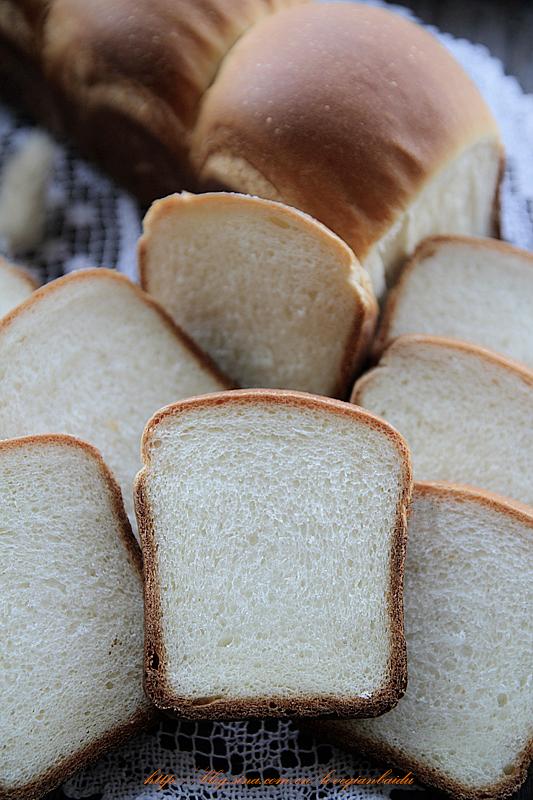 牛奶蛋白吐司面包