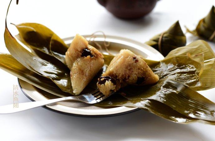 粽子的包法-红枣豆沙粽