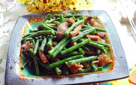 荔枝菌青豆炒牛柳