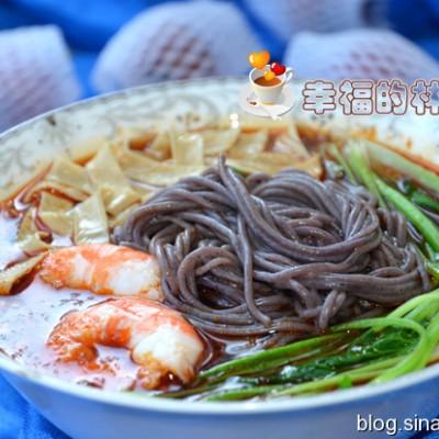 酸辣鲜虾紫米线