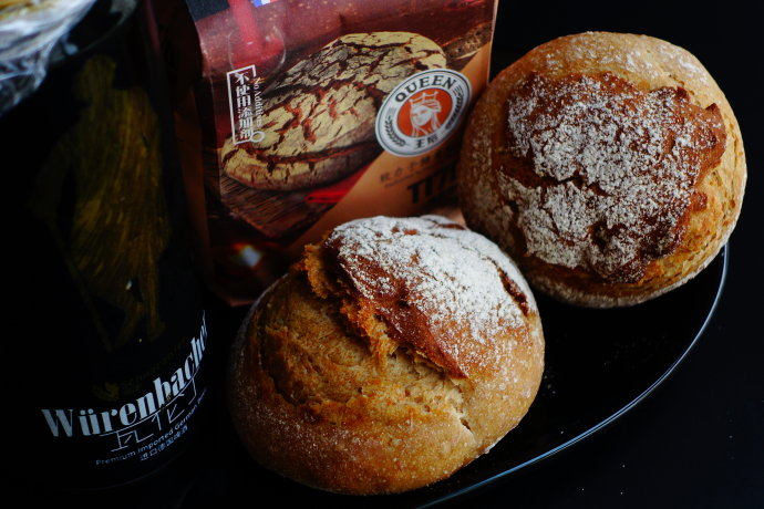 黑啤酒黑麦脆皮面包