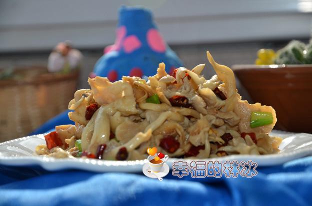 把蘑菇做成凉菜也畅销-香辣黄磨
