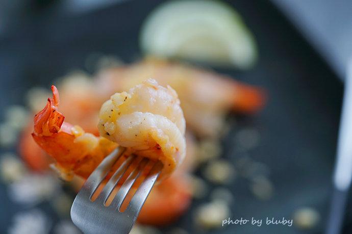 虎虾食谱一:奶油蒜蓉虎虾