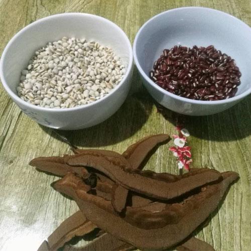 夏季祛湿健脾薏米灵芝养生粥