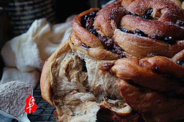 健康美味手撕包【肉桂果干黑麦面包】