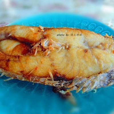 外酥內嫩的【香煎馬友魚】,入口回味無窮。