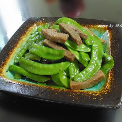 快手家常菜:【牛柳炒荷蘭豆】