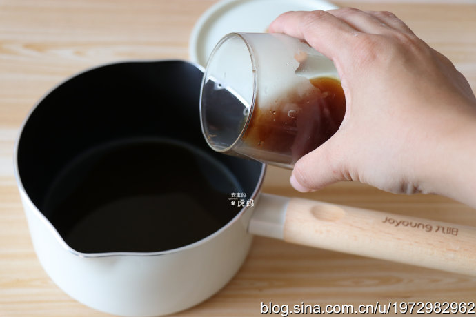 涼而不冰香甜可口的椰蓉咖啡小方