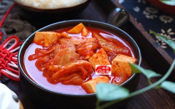 這道泡菜豆腐湯,成了中秋家宴最受歡迎的菜
