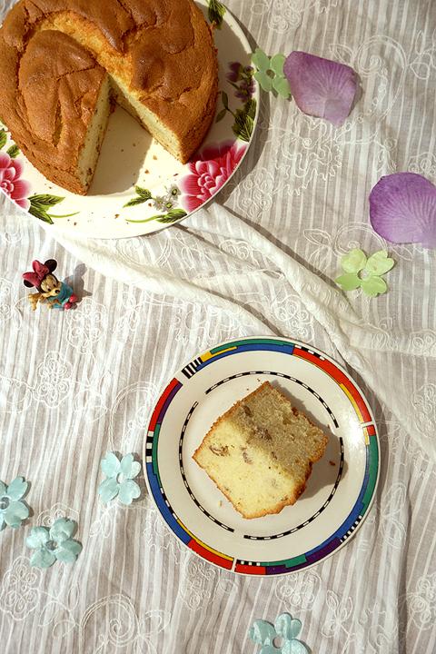 蜂蜜核桃戚风蛋糕