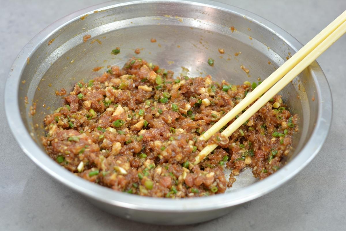 天凉了,试试这盘饺子,鲜嫩多汁满口香,越吃越好吃!