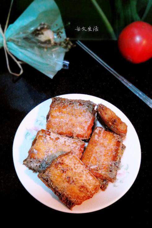 鲜香酥脆——【干炸带鱼】