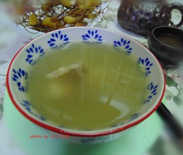 祛秋燥,润肺养生保健汤:【石橄榄煲排骨】