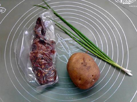 风干牦牛肉蒸土豆