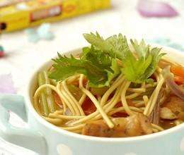 咖喱热汤面