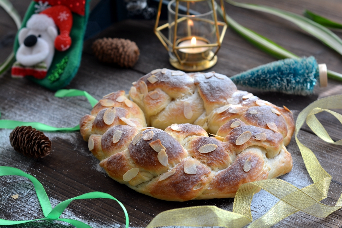 想吃面包别再买彩金,苹果姐教你轻松揉出手套膜,面包膨松柔软比买的彩票好吃