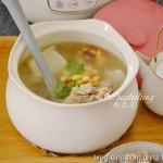 【萝卜玉米煲排骨】天冷养生首选的汤品,老少皆宜