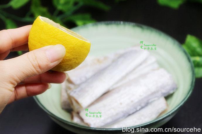 炸带鱼加点它,味道鲜美无腥味,金黄酥脆,全家老少都爱吃