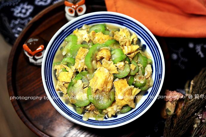 【丝瓜炒鸡蛋】滑嫩鲜爽的家常菜