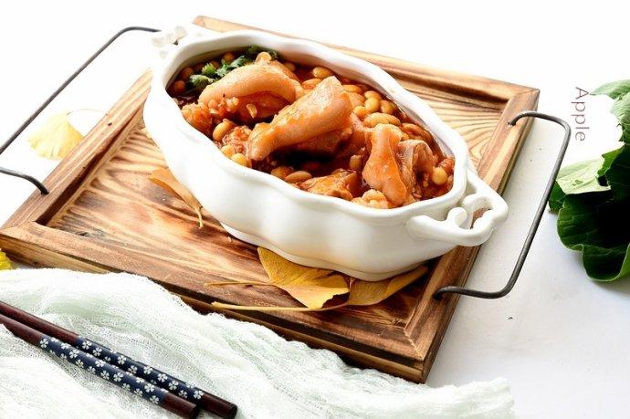 清爽不腻口的番茄黄豆炖猪蹄