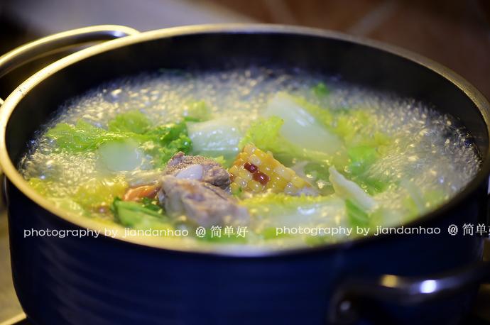 【味噌脆骨炖时蔬】甜鲜加倍一碗不够吃