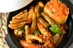 肉蟹煲—香浓味美的螃蟹吃起来