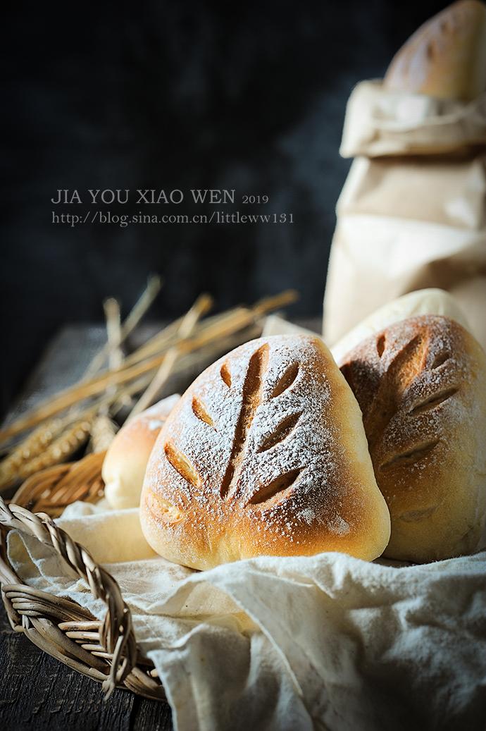 【黑麦奶酥面包】营养搭配丰富有内涵
