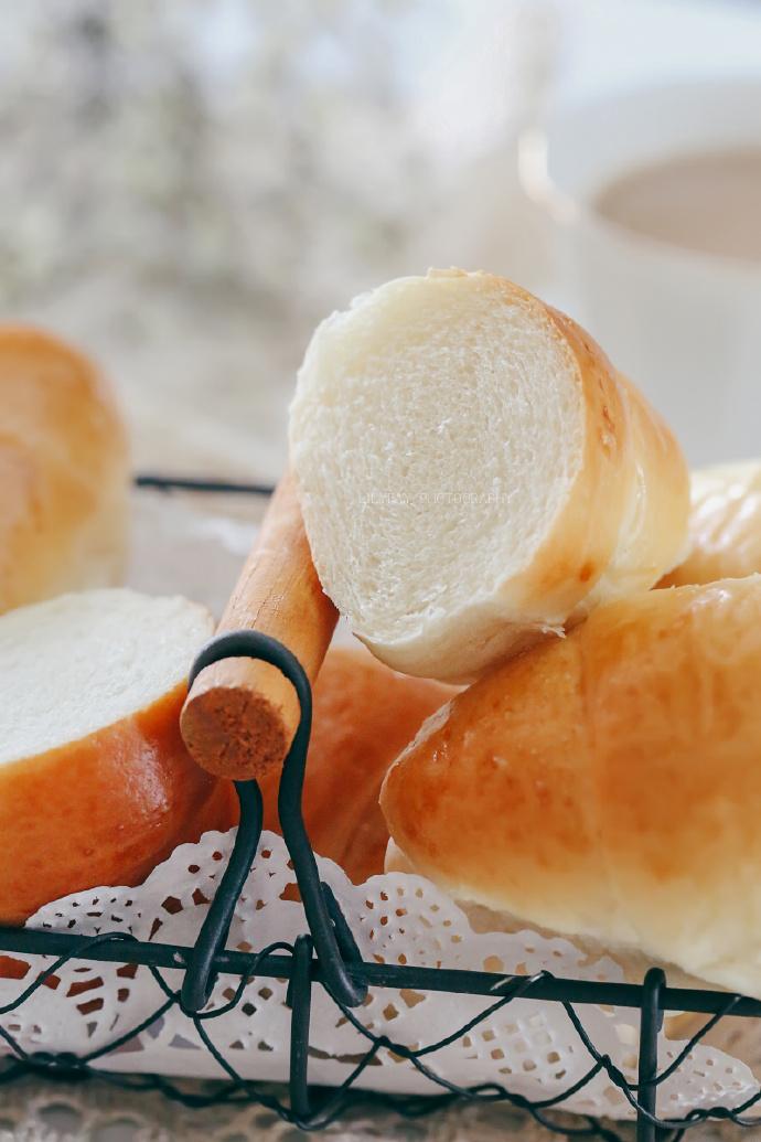 【早餐°】2019-4-2:波兰种香草面包卷/蛋挞/奶茶