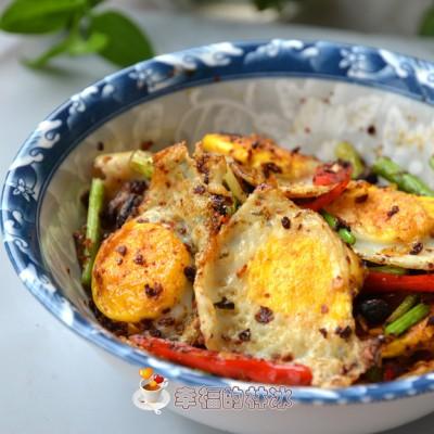 把它做成回锅菜会是怎样一种感受-回锅鹌鹑蛋